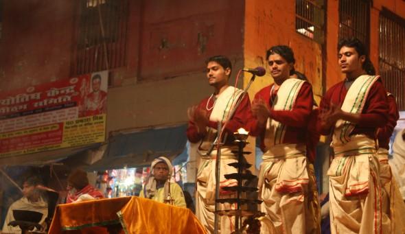 TheYeahWay: Ganga Aarti
